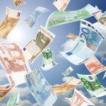 Ce fac românii cu banii câștigați în străinatate?