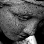 """Poezia zilei: """"Marginea lacrimei"""" – Valentin Marica"""