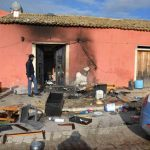 Ragusa – a încercat să se sinucidă dând foc la propria locuință. Româncă de 56 de ani în stare gravă la spital.