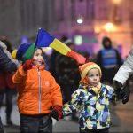 """""""Să vă fie frică, țara se ridică!"""" Peste 90 000 de români au manifestat în toată țara împotriva legii amnistiei și grațierii"""