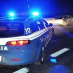 Asti – doi români de 32 de ani decedați în urma unui accident grav între un Mercedes și un TIR pe autostrada A21.