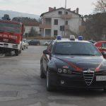 Terni – muncitor român se baricadează pe acoperiș și amenință că se aruncă fiindcă angajatorul nu l-a plătit