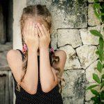 Tipuri de fotografii cu copii pe care părinții nu ar trebui să le pună niciodată pe Facebook