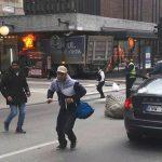 Suedia – cel puțin trei morți și mai mulți răniți după ce un camion a intrat în mulțime pe o stradă centrală din Stockholm