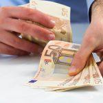 Românii din Marea Britanie, Italia şi Spania trimit în țară cei mai mulți bani dar din România unde sunt trimise cele mai mari sume?