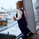 Condiții de călătorie în străinătate pentru cetățenii români minori și obligațiile persoanelor care îi însoțesc