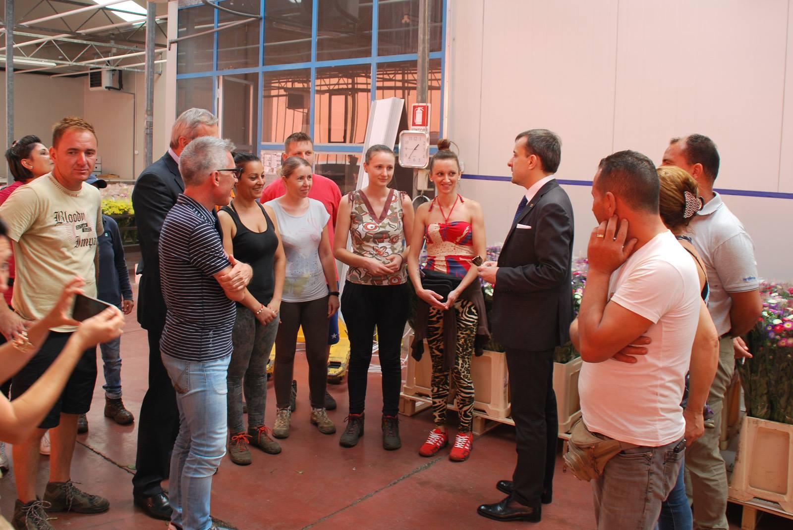 Vizita ambasadorului George Bologan la o fermă din provincia Ragusa