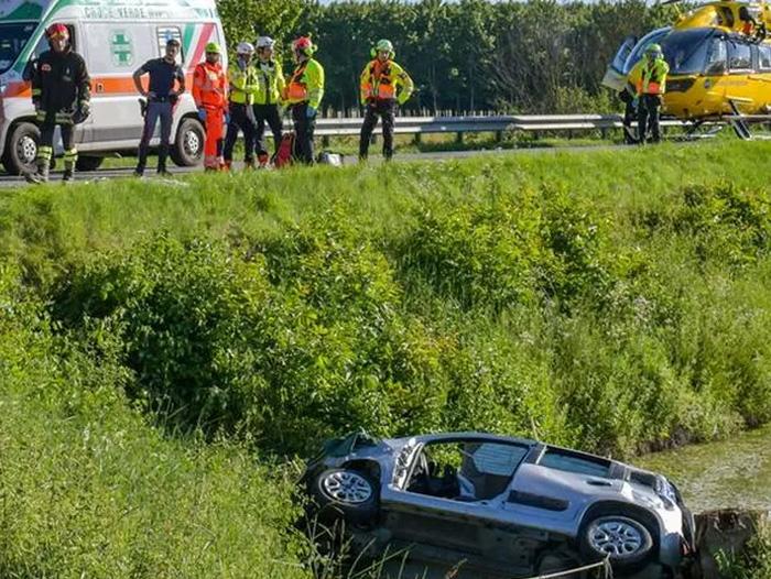 Imagine de la locul accidentului. Sursa foto:: Gazzetta di Mantova